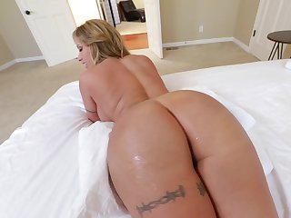 Hot MILF with immense buttocks with the addition of round boobs is screwed properly