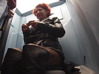 leather street whore bring out toilet bj