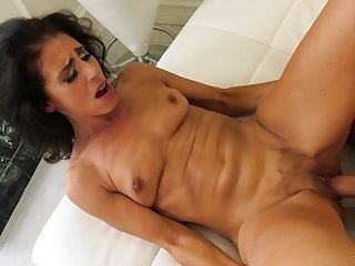 MILF dour in high heels Keli Richards sprayed with loads of cum