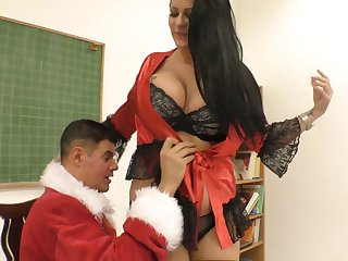 Dissipated guy in Santa Clause outfit fucks smoking hot chubby bitch Anissa Jolie