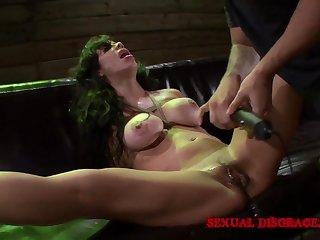 Milf submits helter-skelter BDSM screw around respecting her unnatural master