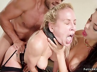 Young helps stepmom anal hardcore screw her skimp
