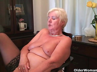 64 pedigree old and British granny Sandie rubs her old pussy