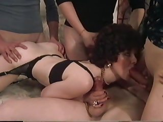 LW - German milf and her young photographers