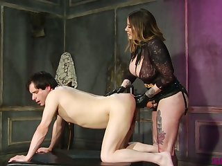 Sex-crazy mistress Madeline Marlowe fucks dude's anus just about strapon and port side
