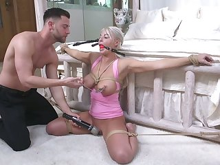 Promised to bed milf London River gets her mouth and anus rammed by young pervert