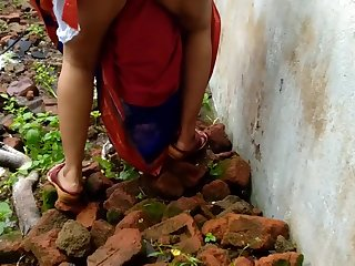 Devar Outdoor Screwing Indian Bhabhi In all directions Abandoned House Ricky Public Sex