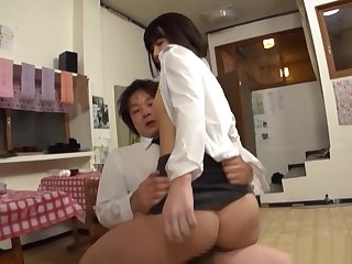 Stunning date babe gets her muted cunt drilled at work