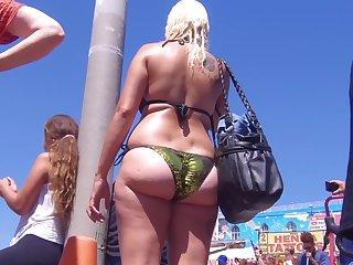 Chubby ass laconic thong milf beach voyeur bikini