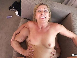Slutty Mature Nailed By Two Guys