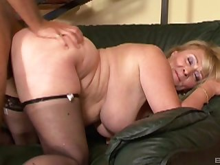 Fat grumble Eva gets fingered and fucked almost her trimmed pussy