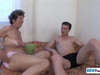 Venerable Broad in the beam Granny Screaming from Assfuck - anal with GILF