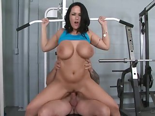 Busty Tits mature Carmella Bing says Get Laid be passed on Workout and Fucks Trainer
