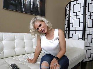 Hot MILF Casca Akashova moans in orgasmic euphoria
